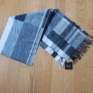 Beautiful cashmere scarf